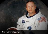 Astronauta Neil Armstrong olvidó una cámara en la Luna