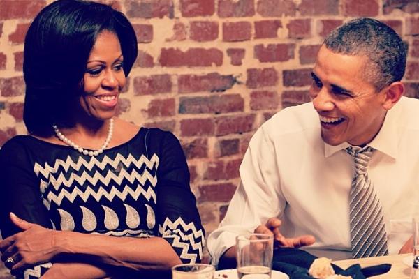 Familia Obama inicia sus vacaciones