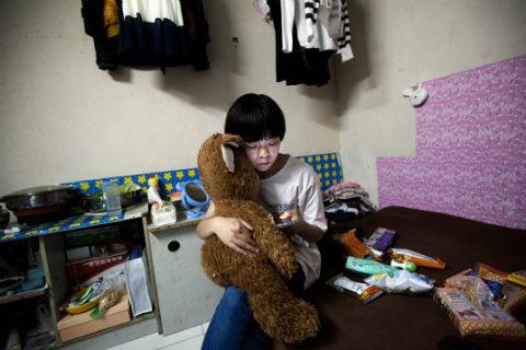 La asfixiante vida subterránea de Beijing