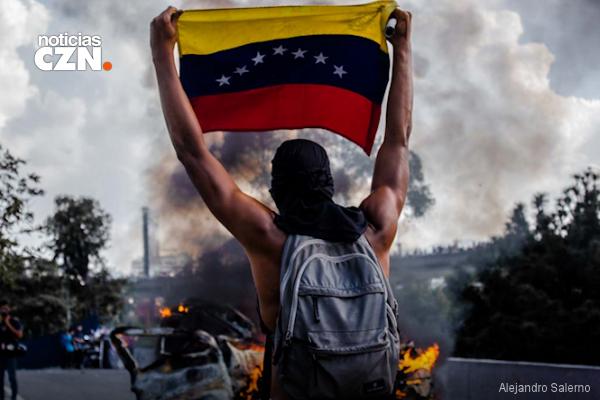 En Imágenes: Las protestas de Venezuela en 13 impactantes fotografías
