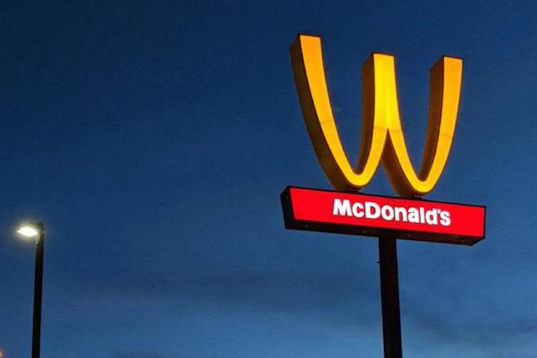 McDonalds 'invierte' en el Día de la Mujer
