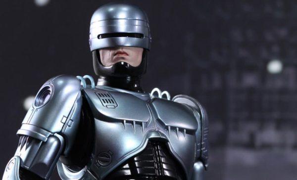 Neill Blomkamp dirigirá la secuela de 'Robocop'