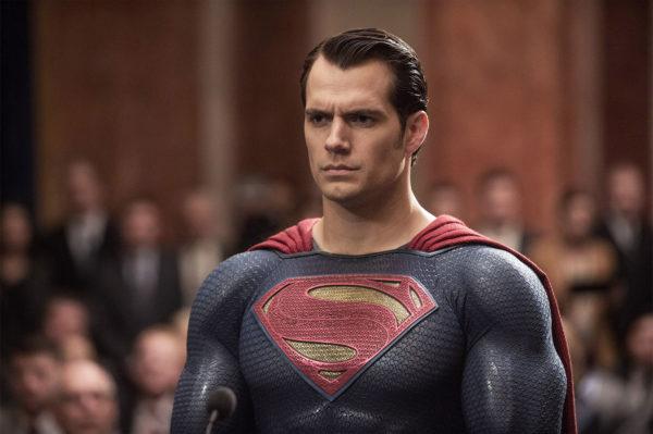 Todavía algunos se preguntan... ¿Henry Cavill seguirá siendo Superman?