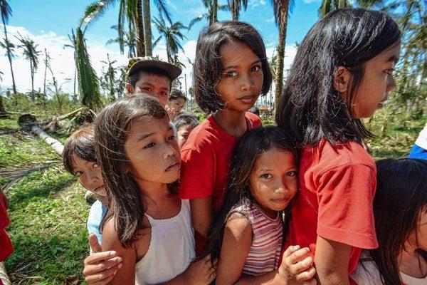 """UNICEF: Más de 2.300 menores en caravana """"antes que migrantes son niños"""""""