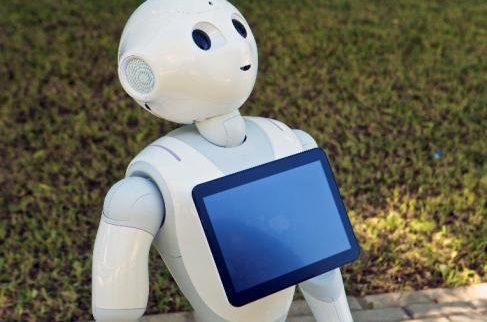 Pharos, un robot para ayudar a los mayores a hacer ejercicio