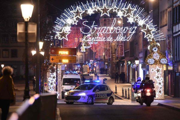 Un tiroteo en un mercado navideño de Estramburgo, deja al menos 4 muertos y decenas de heridos