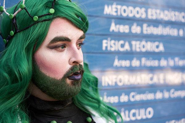 Sassy Science, la primera 'drag queen' del mundo que divulga ciencia