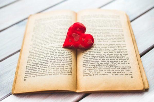 Qué buscan los lectores de relatos románticos