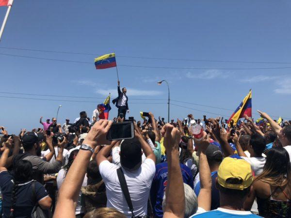 Presidente (e) de Venezuela Juan Guaidó se reencuentra con su pueblo y convoca a seguir en las calles
