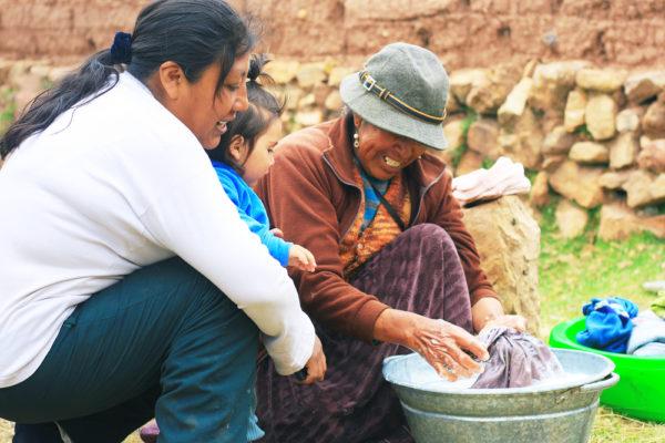Una nueva estrategia apoyará las cien zonas más pobres de América Latina