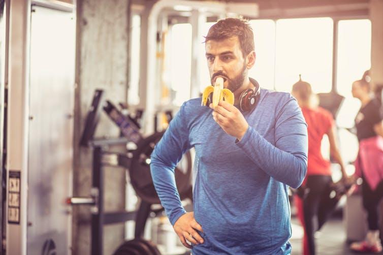 El ejercicio ayuda poco a adelgazar: es más efectivo comer menos - CZN mundo - noticias | culturizando.com