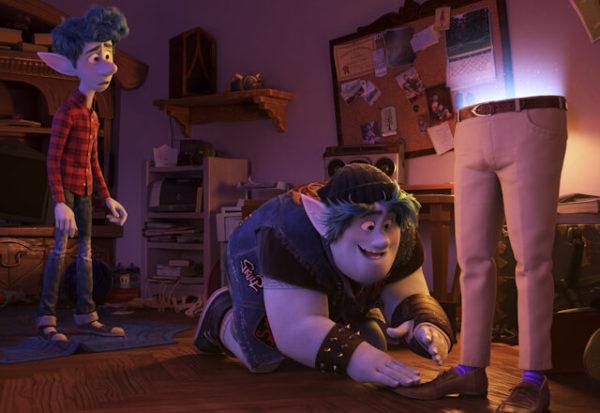 'Onward': el fantástico mundo suburbano de los elfos de Pixar (+Tráiler)
