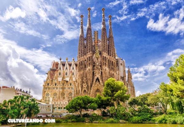 Un granito madrileño en el 'corazón' de la torre más alta de Cataluña