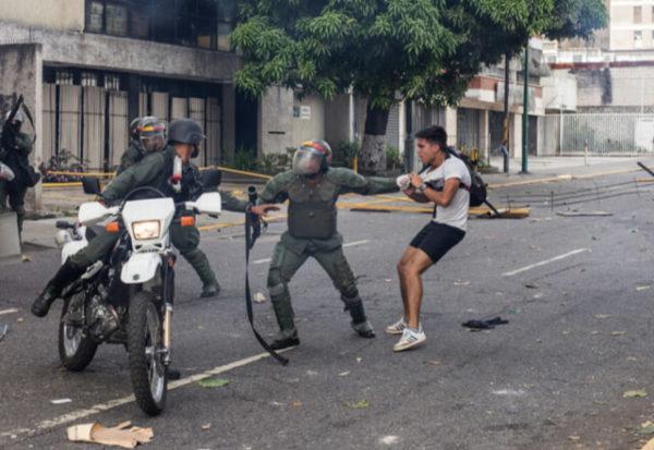 """La Corte Penal Internacional halla una """"base razonable"""" para pensar que se cometieron crímenes graves en Venezuela"""