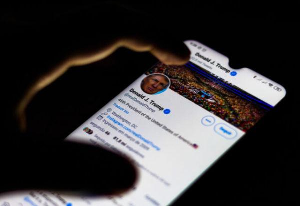 Twitter podría quitarle a Trump ciertos privilegios si deja la presidencia