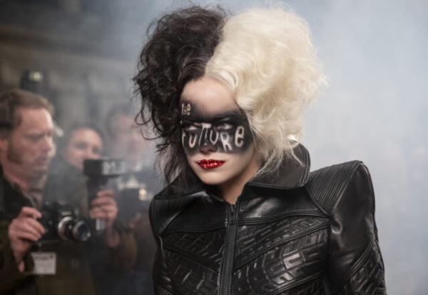 Cruella, el origen de la villana rebelde, y loca por la moda, de Disney