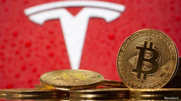 Tesla da marcha atrás y dejará de aceptar pagos con bitcoin