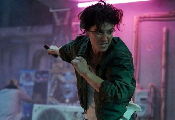 Kate, un vertiginoso thriller que evoca manga, anime y al Cisne negro